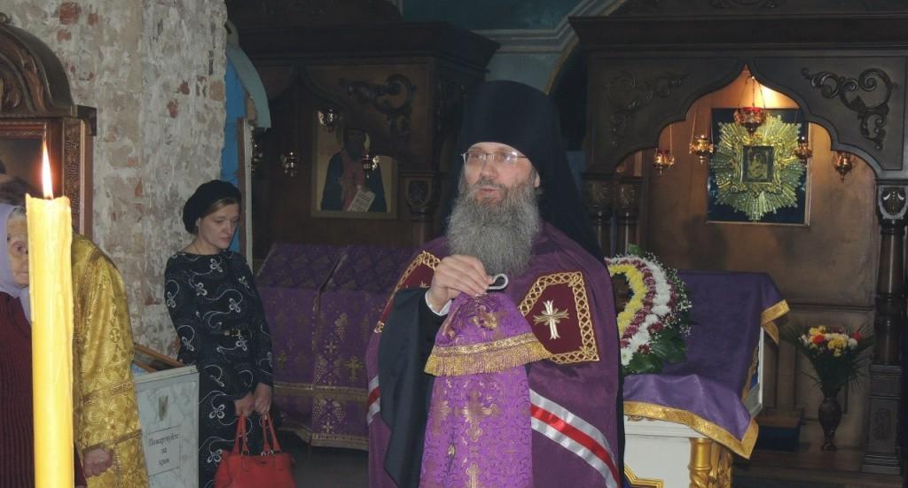 Божественная литургия свт. Василия Великого в Покровском кафедральном соборе.