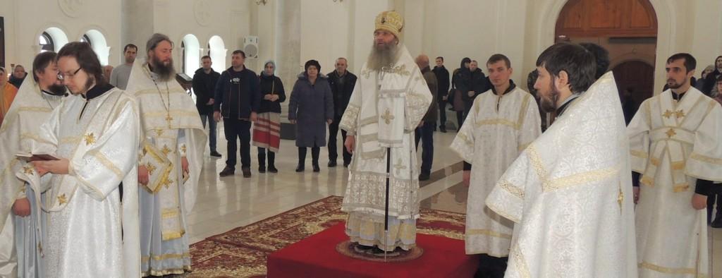 Божественная литургия в в Усть-Медведицком Спасо-Преображенском женском монастыре в г. Серафимовича.