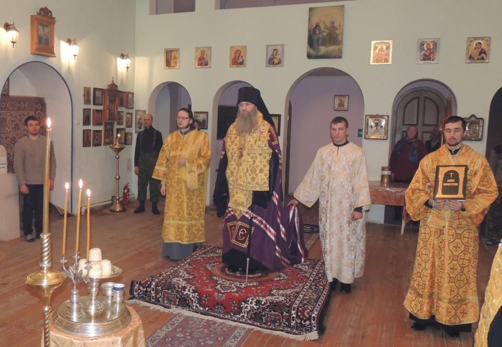 Всенощное бдение в Свято-Троицком Каменно-Бродском Белогорском мужском монастыре.