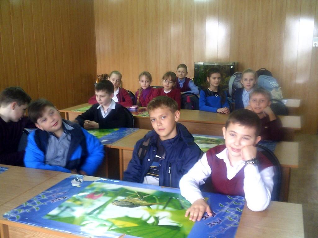 Преподаватели и учащиеся 4 и 5 классов МБОУ Еланская средняя школа №3 посетили храм Сошествия Святого Духа.