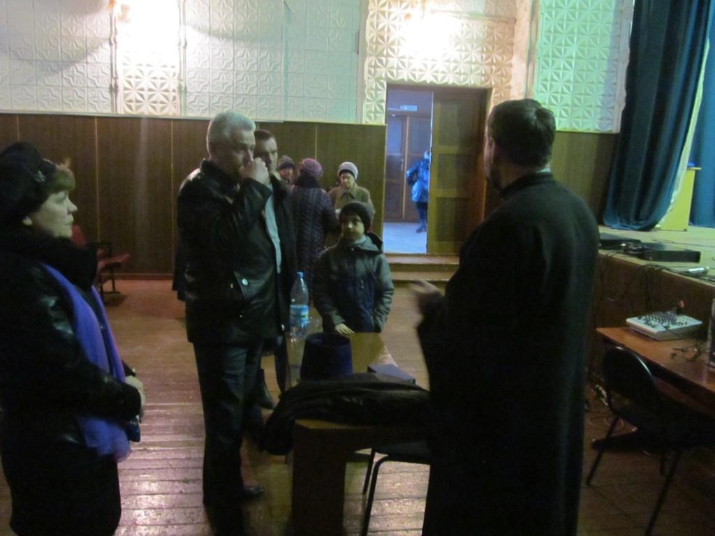 Занятие воскресной школы для взрослых в Доме культуры Таловского сельского поселения.