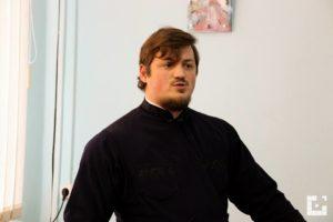 Диакон Михаил Макаров выступил с докладом на епархиальных Рождественских чтениях.