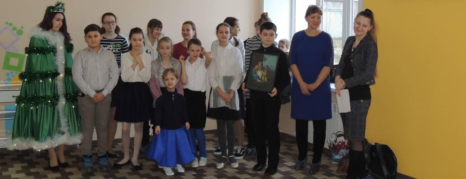 Рождественское поздравление в детском отделении ЦРБ г. Урюпинска.