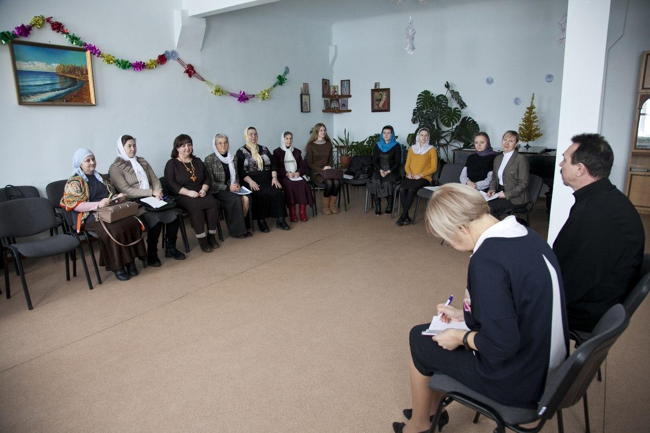 Регенты храмов Урюпинской епархии приняли участие в курсах повышения квалификации.