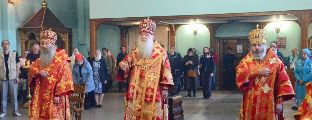 Великая Пасхальная Вечерня в Свято-Духовом мужском монастыре г. Волгограда.