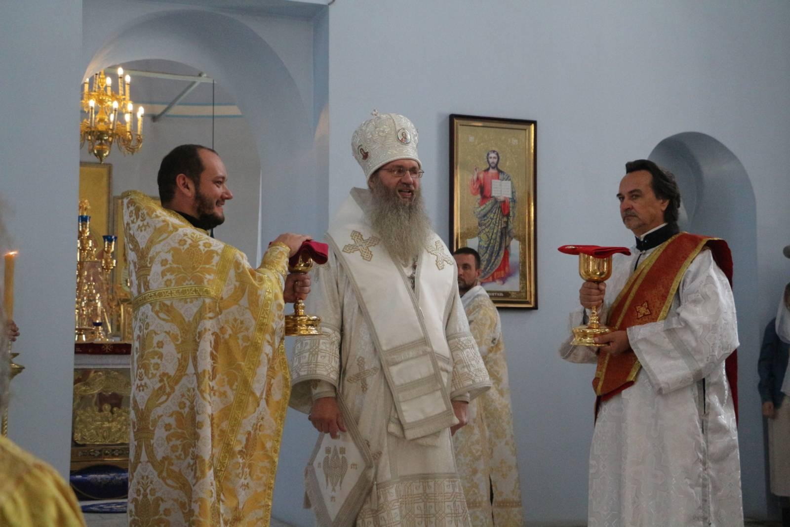 Служение епископа Елисея в 13-ю неделю по пятидесятнице.
