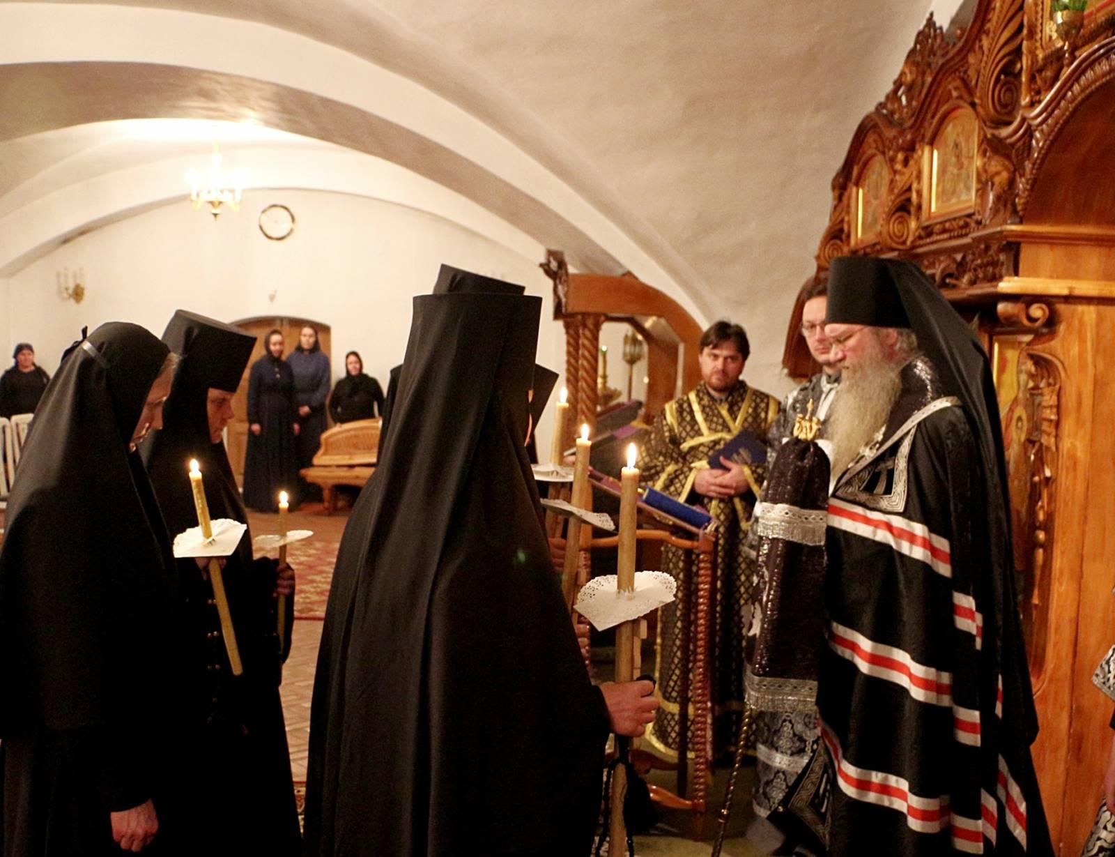 Монашеский постриг в Усть-Медведицком Спасо-Преображенском женском монастыре г. Серафимовича.