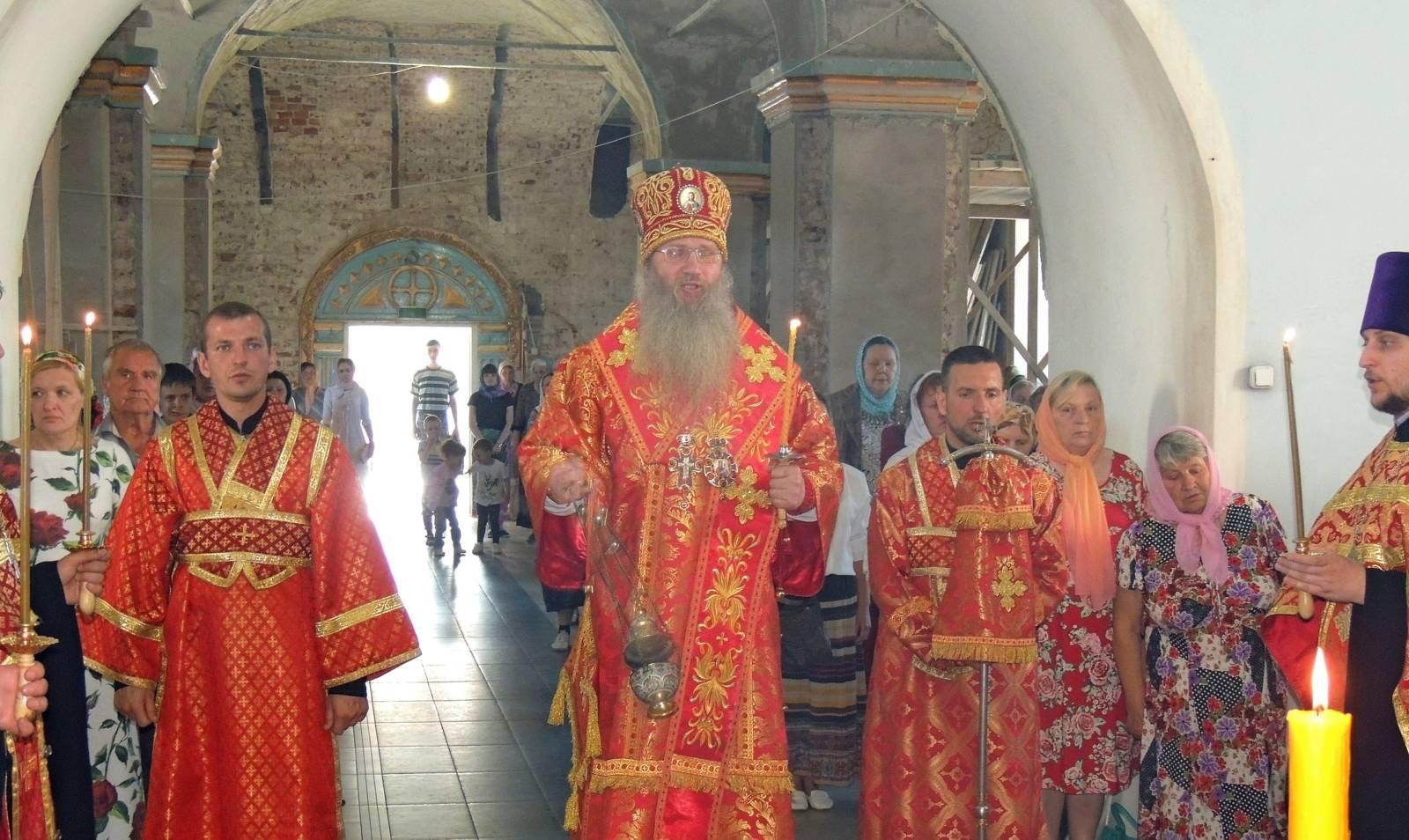 В канун Дня памяти Перенесения мощей святителя и чудотворца Николая из Мир Ликийских в Бар.
