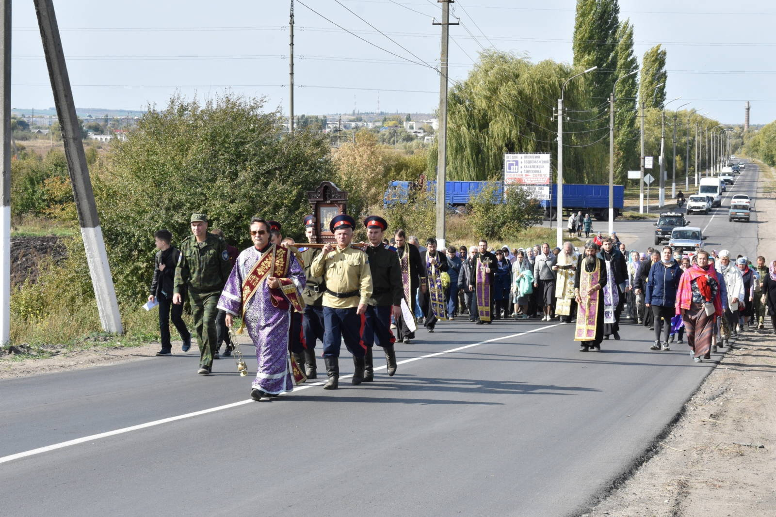Крестный ход вокруг Урюпинска