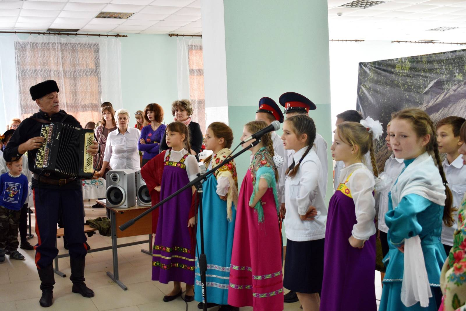Покровский праздник в кадетской школе (видео)