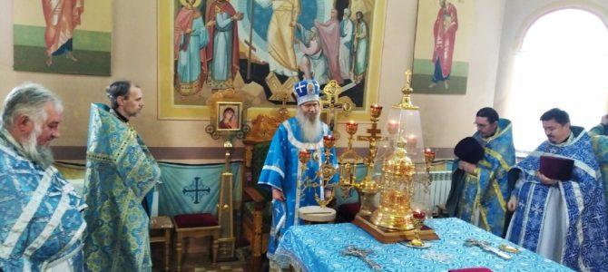 В праздник Иверской иконы Божией Матери